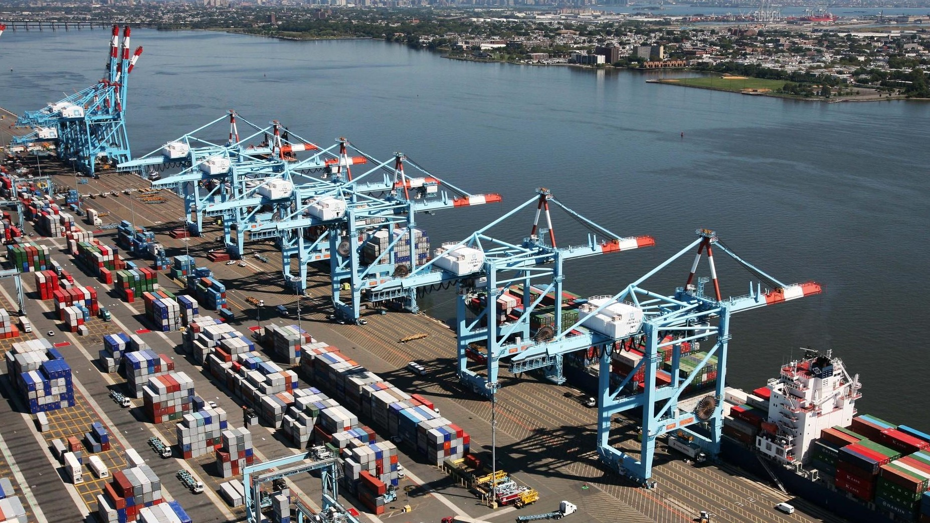 Port of New York/New Jersey report new record volumes 1