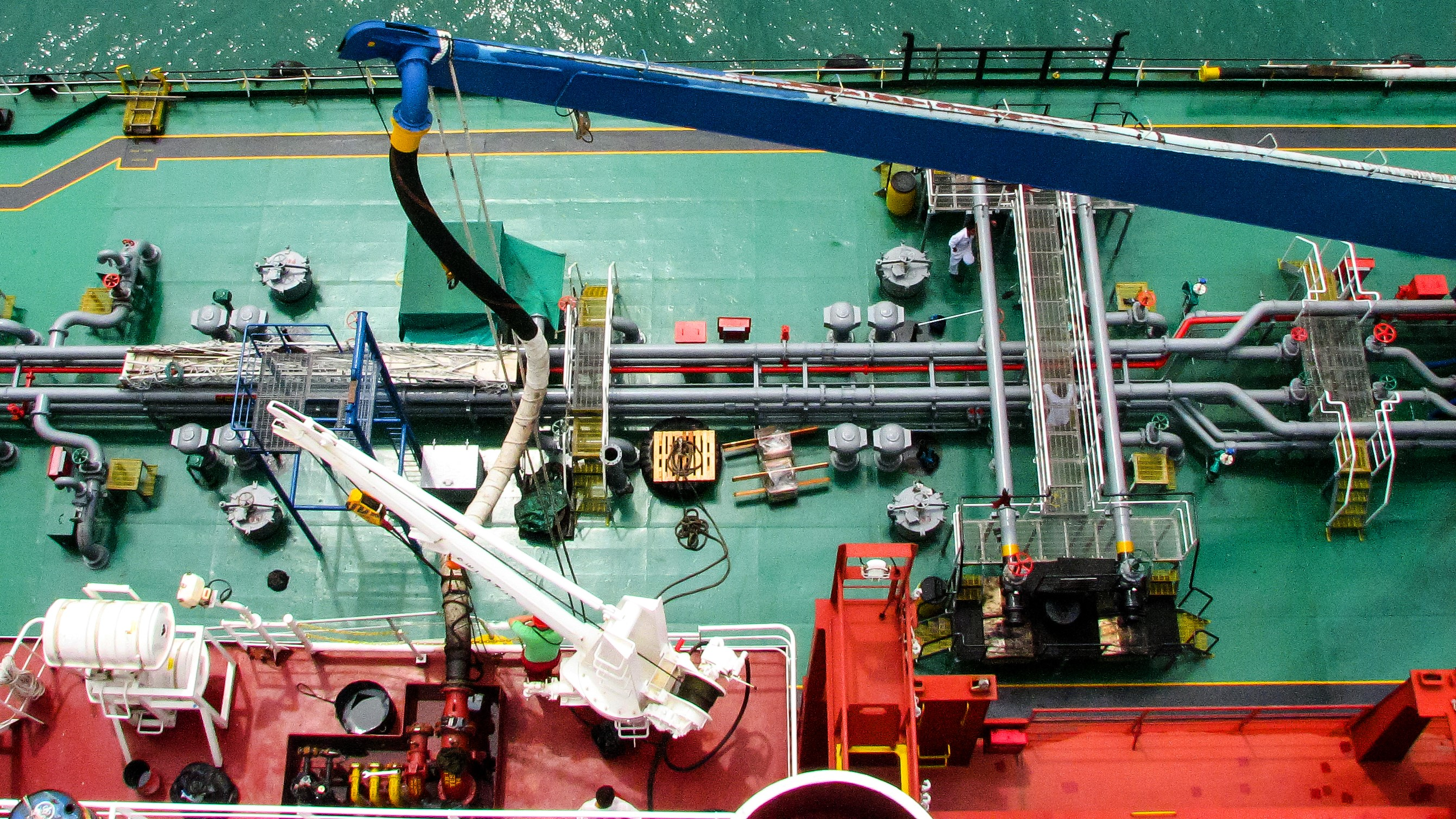 Low sulfur fuel could raise costs by $ 10 billion for shipping lines 1
