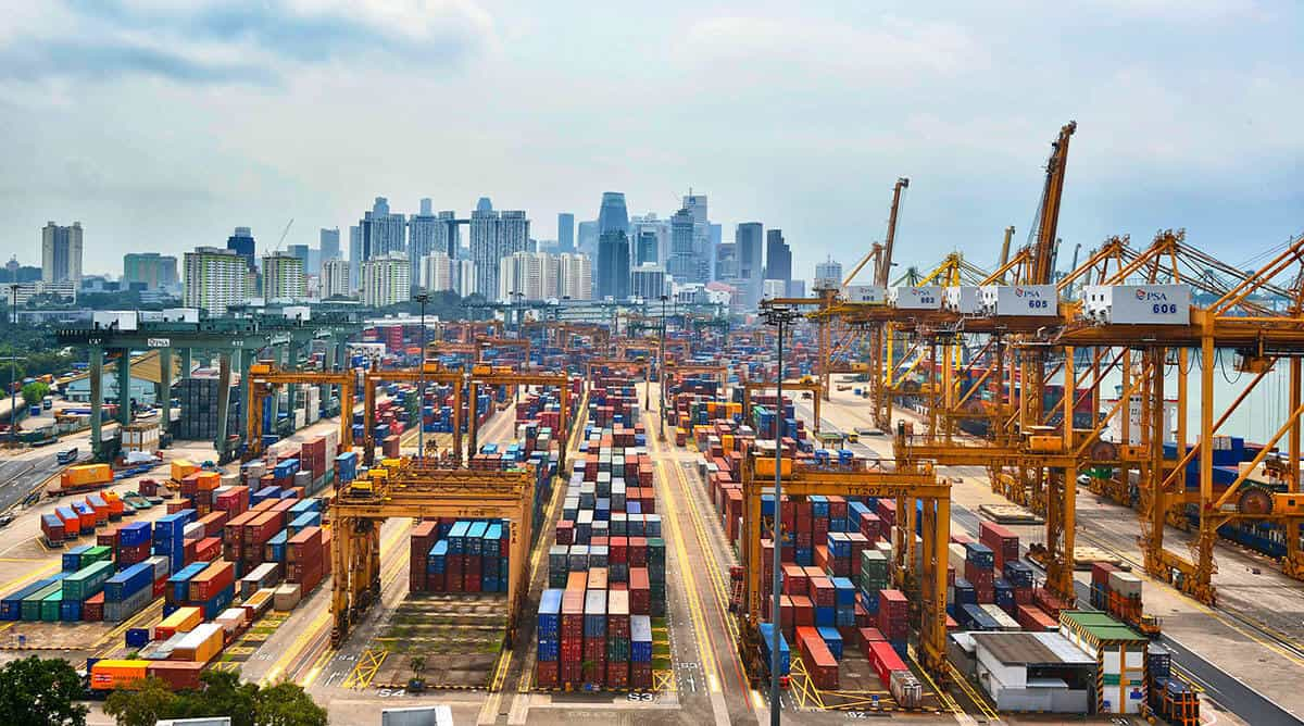 Singapore registers record container throughput despite challenging conditions 1
