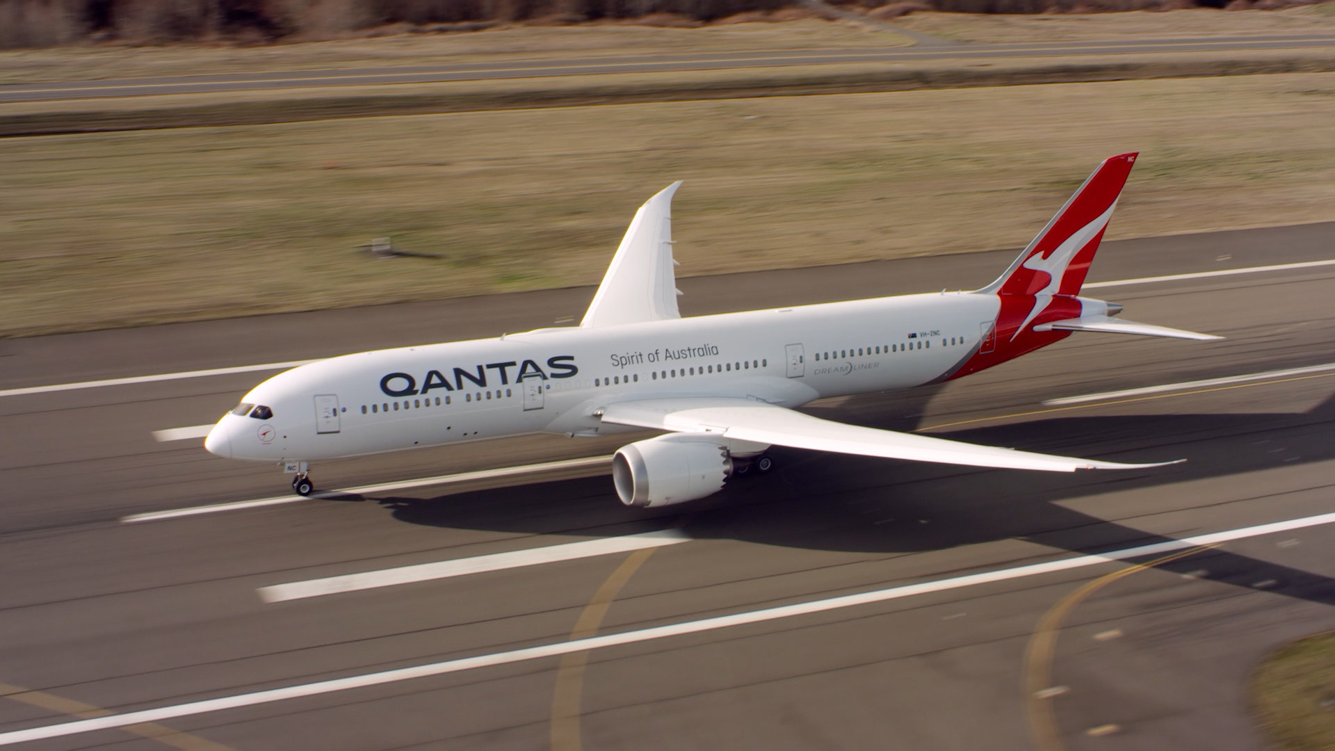 Major carriers park nearly 2.000 planes worldwide 1