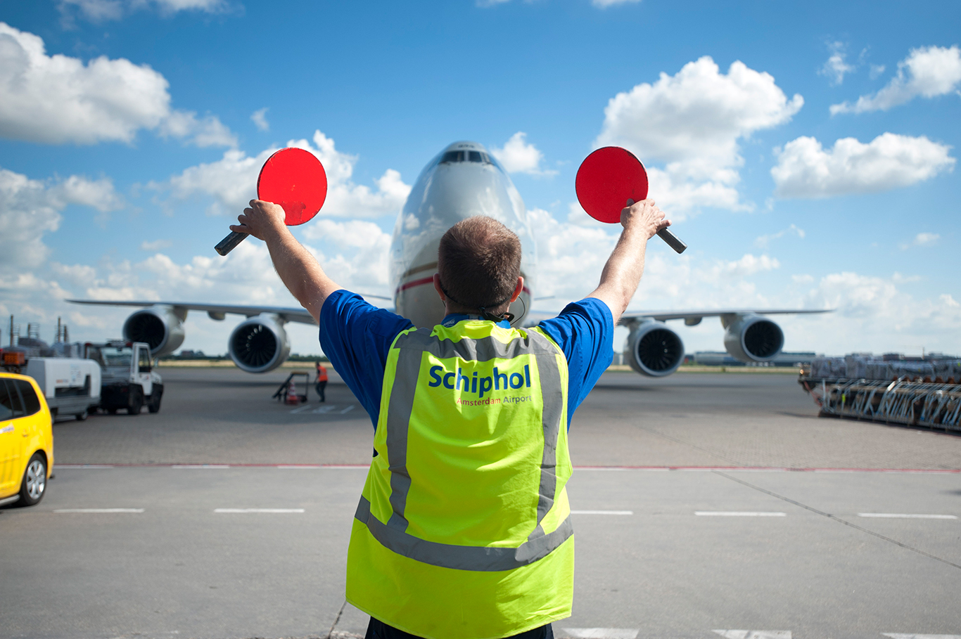 Schiphol encounters total cargo volumes down with 14.5% 1