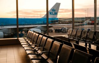 KLM looking into further restructuring measures 3