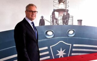 AP Moller-Maersk restructuring leads to 2.000 staff being dismissed 7