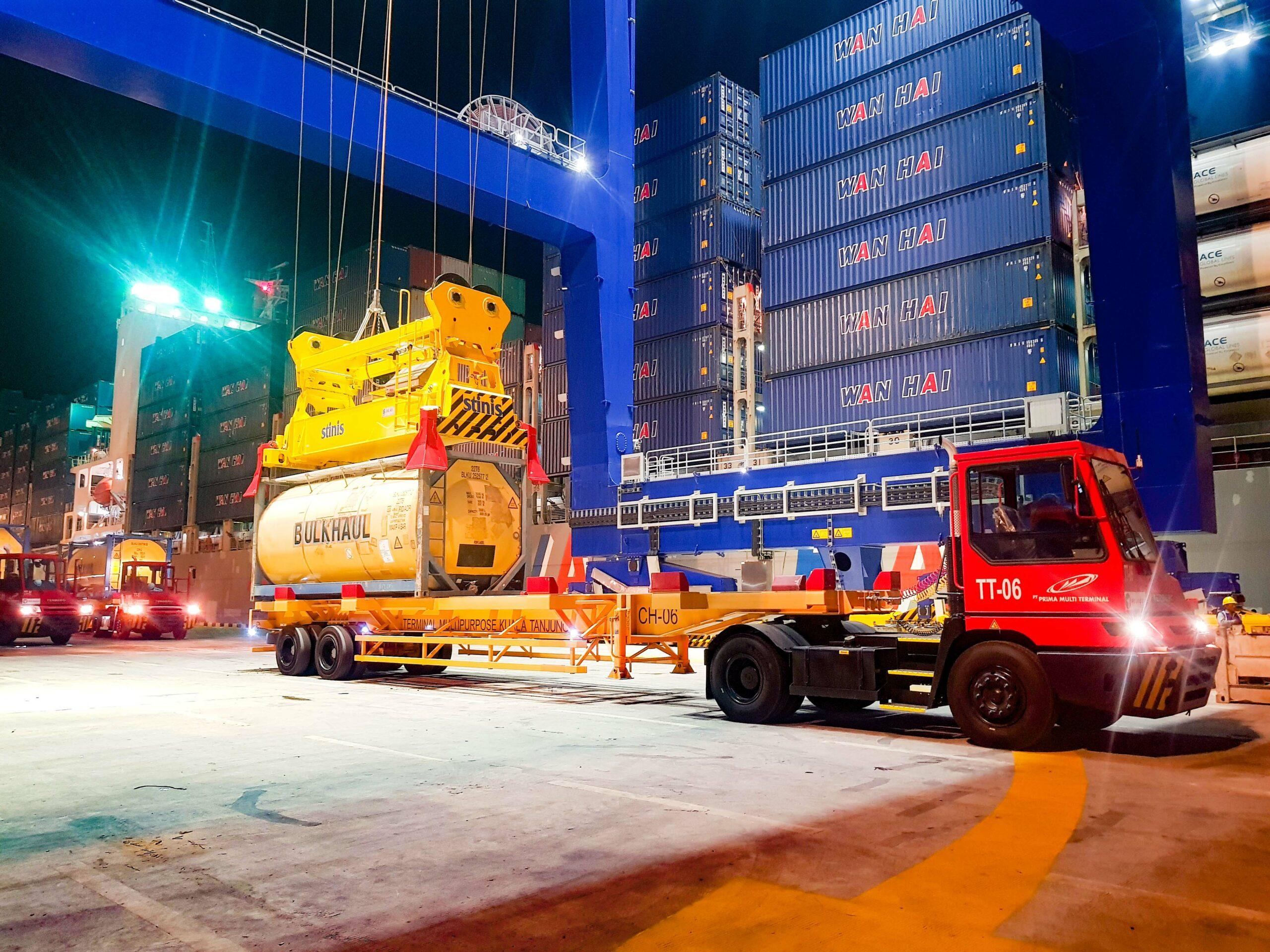 Wan Hai has scheduled buying of 12 new box ships 1