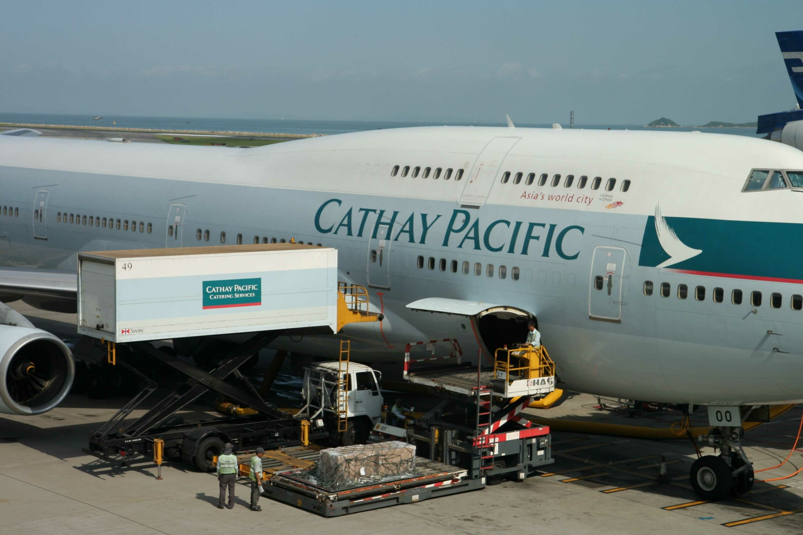 Cathay Cargo volumes increased by 3% in December 1
