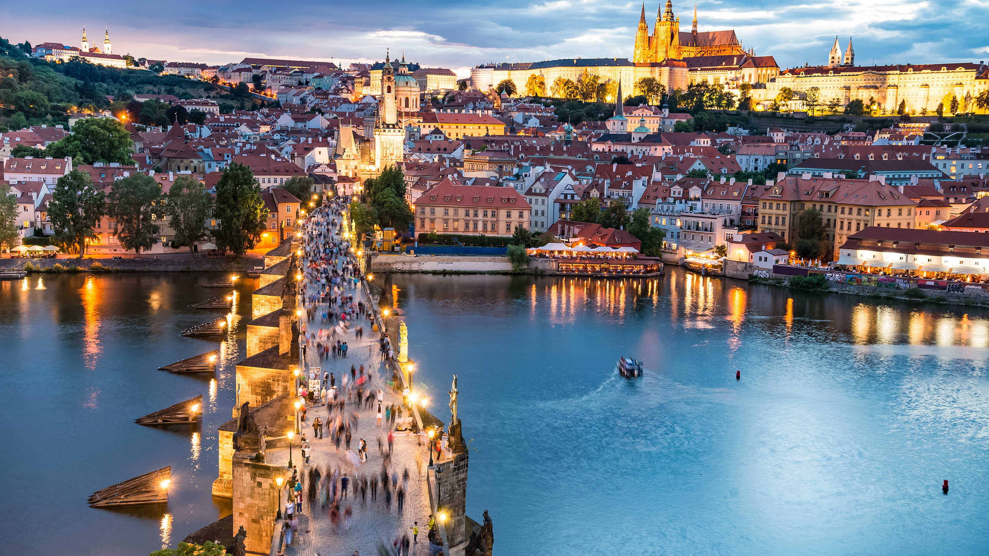 The Atlas Logistic Network is linking Prague, Czech Republic to the world 9