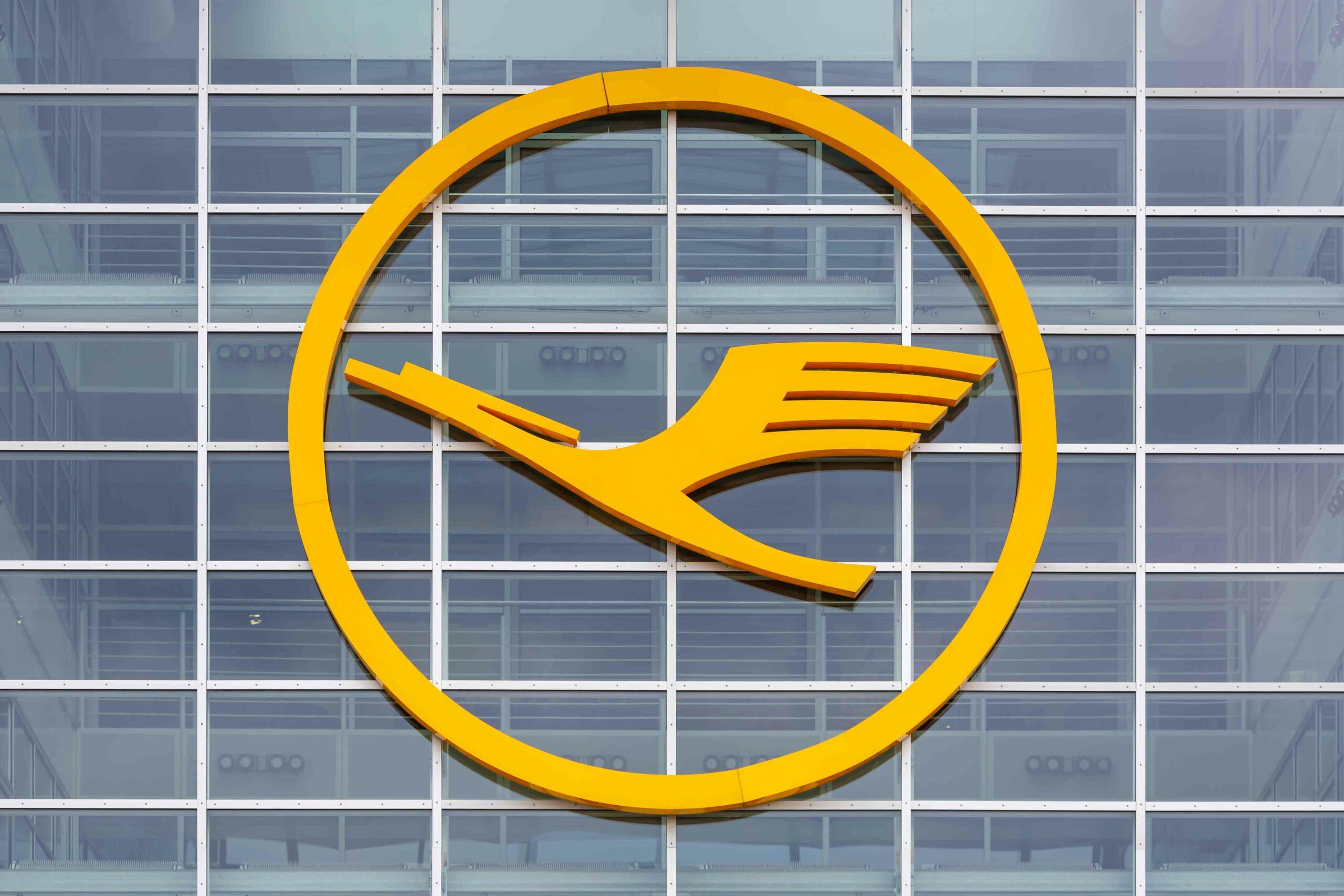 Lufthansa shareholders agree on euro 5.5 billion capital injection 1
