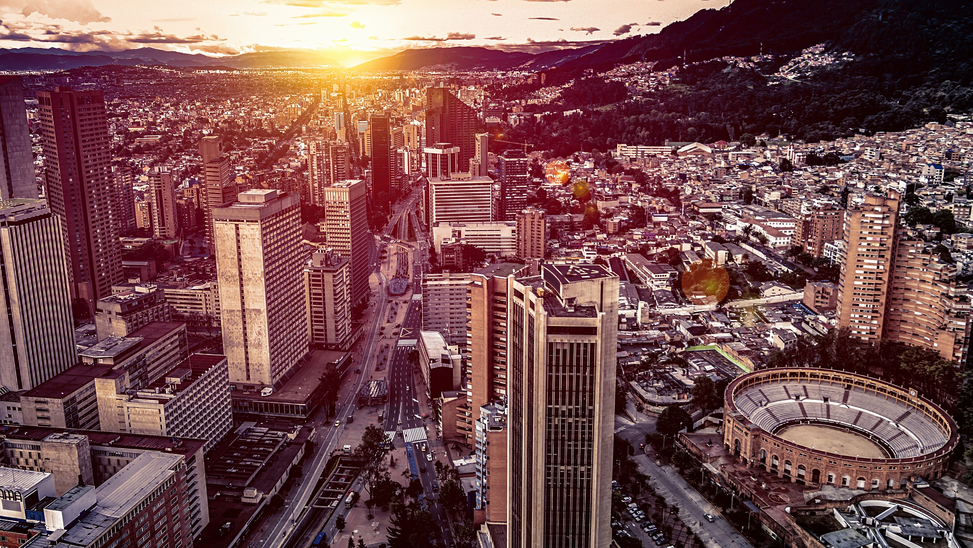 The Atlas Logistic Network is linking Bogota, Colombia to the world 3